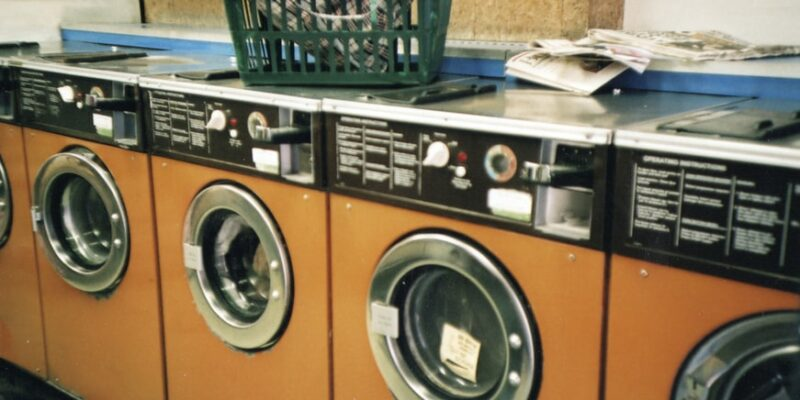 How to remove human hair from clothes in the dryer