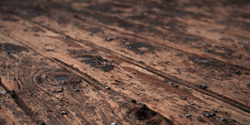 Can You Sleep in House After Polyurethane?